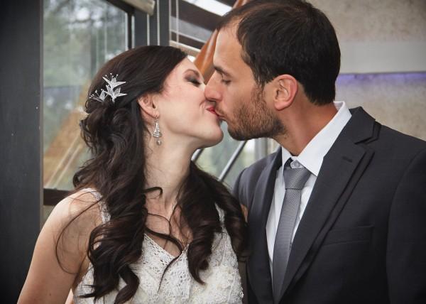 Not a first kiss - Sonja & Zeljko Wedding